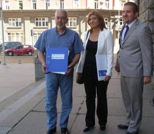 """КП """"Десните"""" внесе документите в ЦИК"""